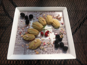 Fourth of July madeleines, made with Palais des Thes' Songes des Blanc tea